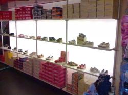 negozio-calzature-aosta